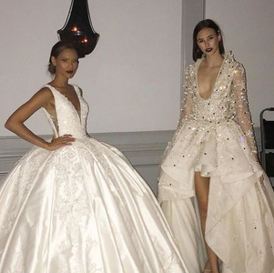 How gorgeous are these fabulous gowns_!!
