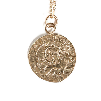 LIONESS COIN NECKLACE