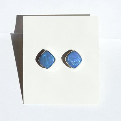 ROUND DIAMOND BLUE OPALSTUDS