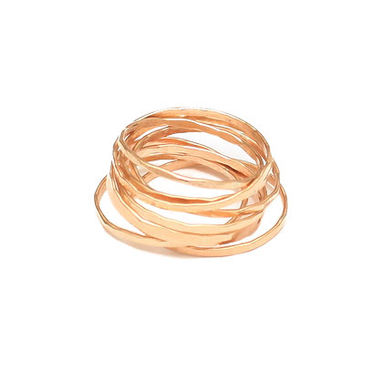 YELLOW GOLD ROMANTIC STACKING RING