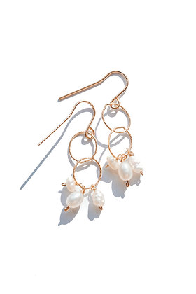 PEARL SAILOR EARRINGS