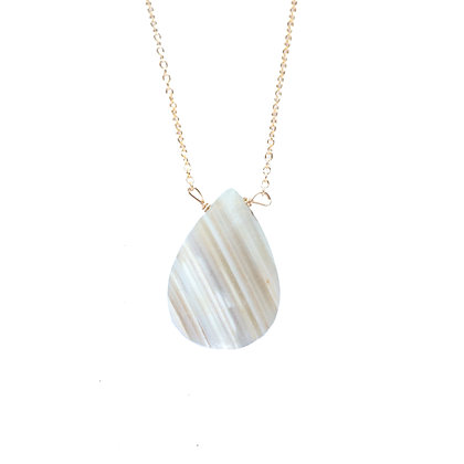 LARGE WHITE LACE AGATE NECKLACE