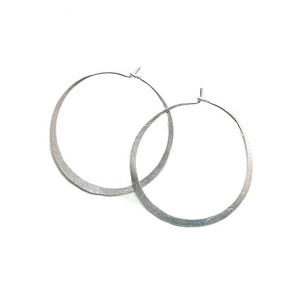 SILVER SMALL HAMMERED HOOPS