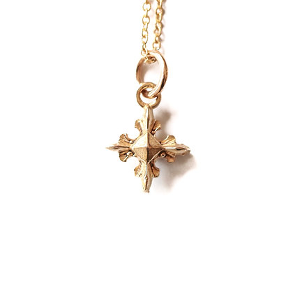 DIVINE STAR NECKLACE