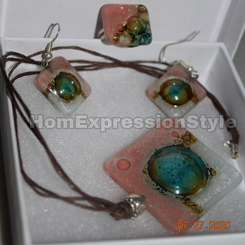 Light Pink, with a shade of green, glass Collar - earrings- ring set