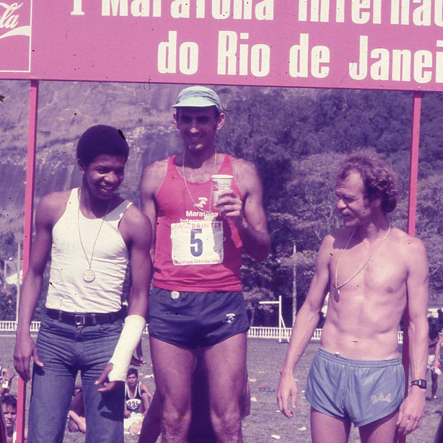 I MARATONA INTERNACIONAL DO R.J. (10).jp