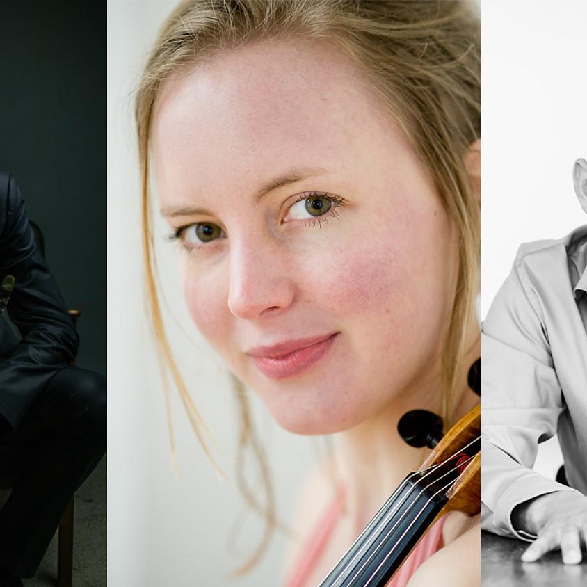 stAeg LIVE: Lars Wouters van den Oudenweijer (klarinet), Iteke Wijbenga (altviool) en Daniël van der Hoeven (piano)