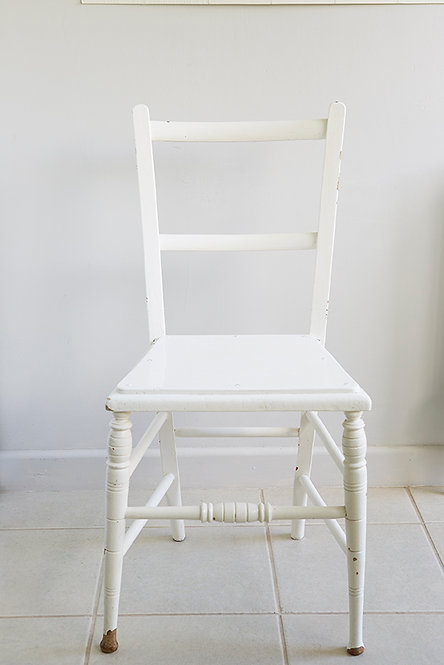 OK5234 - Painted Chair
