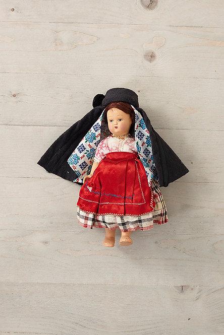 OK4947 - 1960s Souvenir Doll