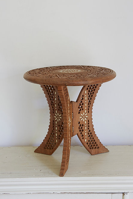 OK5224 - Small Wooden Table