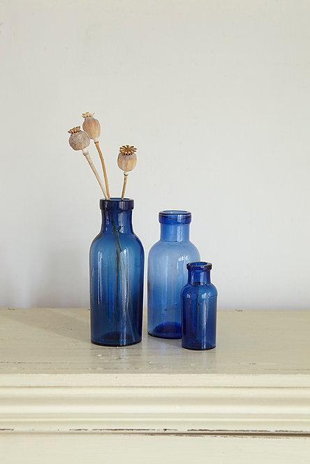 OK5170 - Three Blue Bottles