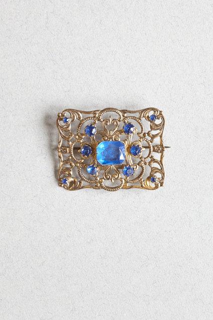 OK4188 - Blue Stone Brooch