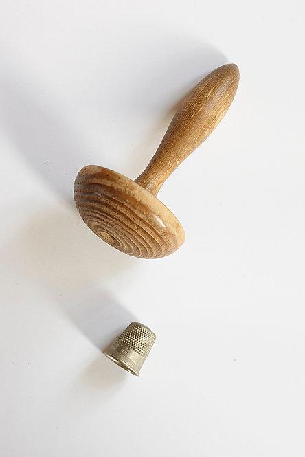 OK5144 - Darning Mushroom & Thimble