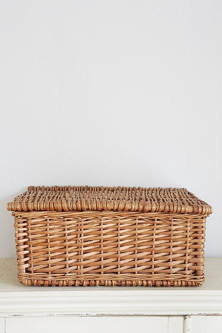OK5230 - Medium Basket with Lid