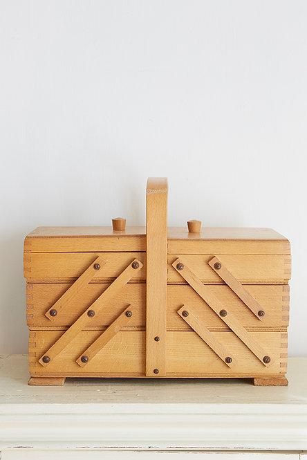 OK5277 - Sewing Box