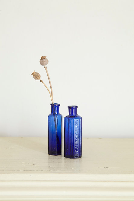 OK5171 - Two Blue Bottles