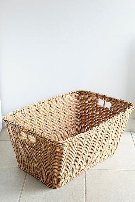 OK5162 - Big Wicker Basket