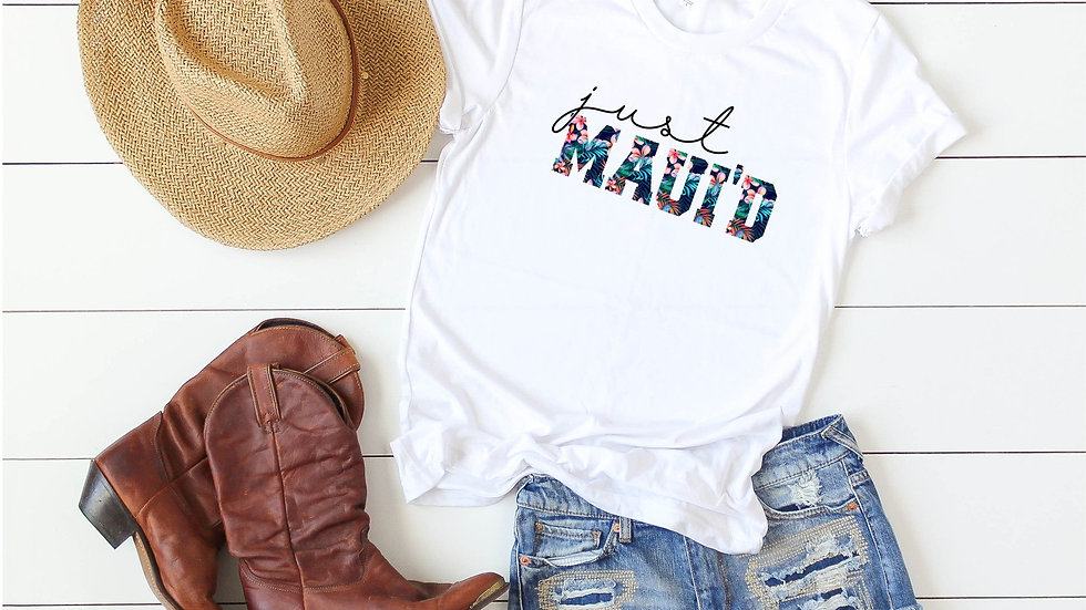 Just Maui'd - Just Married Tee