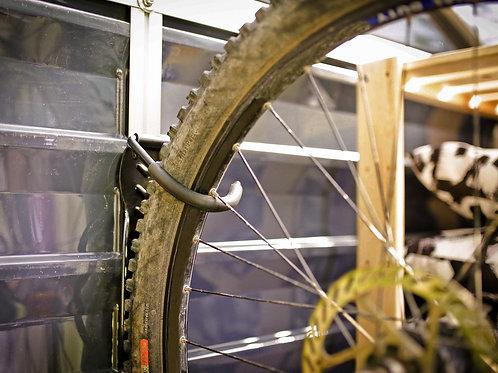 מתלה אופניים למחסן