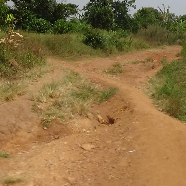 Old road to EK