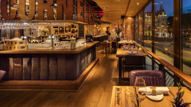 cornelis-kitchen-bar-restaurant-ca0b4.jp