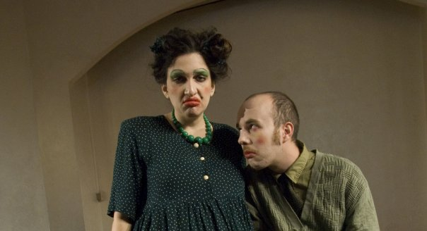 the Bald Singer - Sharon/Ionesco