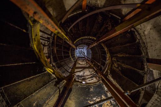 Diamond Head Spiral Staircase