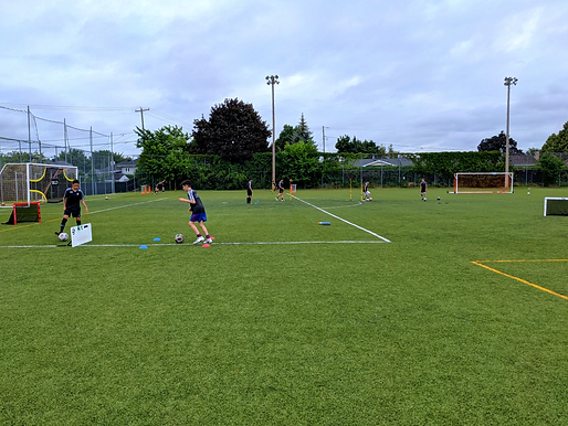 Camp de soccer Montreal.png