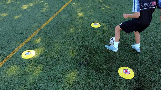 Exercice de soccer fitlight lumiere de reaction CogiFit
