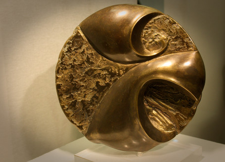 """""""Against all odds"""" Patinated bronze 30cm"""
