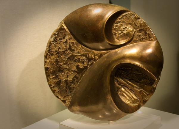 """""""Contre vents et marées"""" Bronze patiné 30cm"""