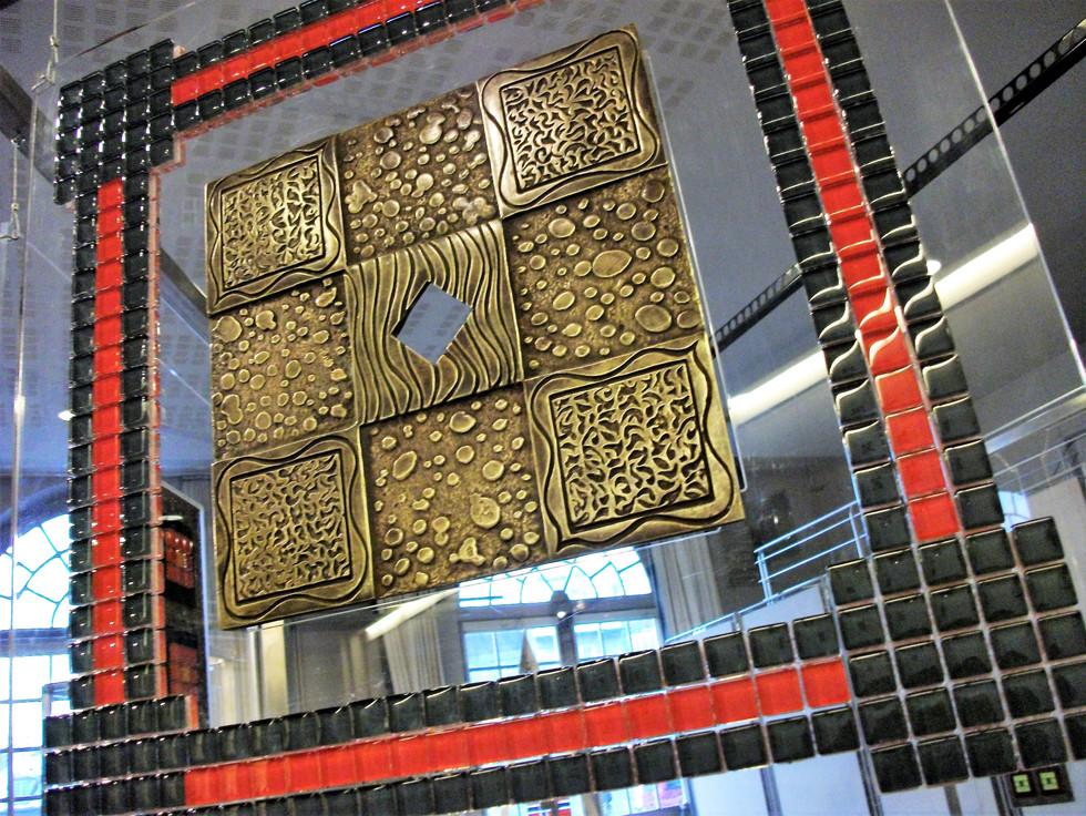 Variation Squares Altuglas and glass paste glued 93x93cm Patinated and set bronze 36x36cm