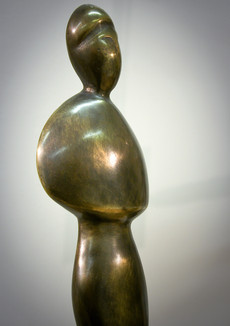 """""""The Lady of Yesterday"""" Detail Patinated bronze"""