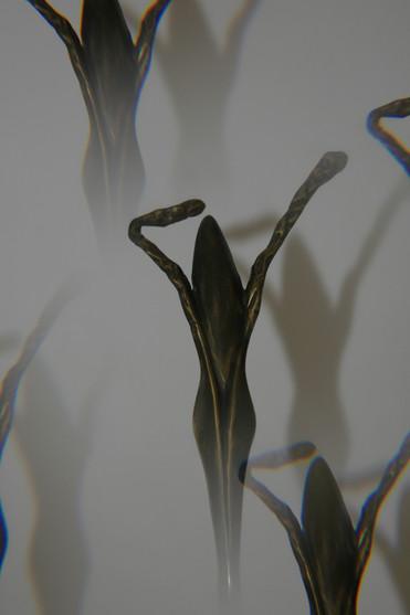 """""""La femme végétale"""" Bronze patiné"""