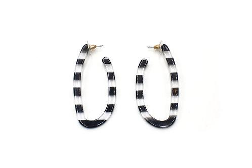 Black & White U-shape Earrings
