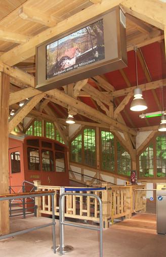 Historische Bergstation_2.jpg