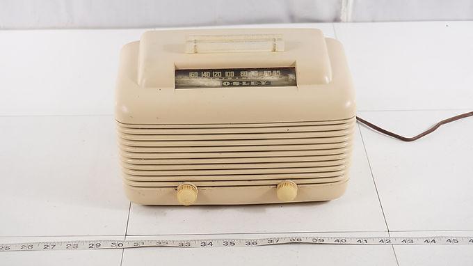 1946 Crosley Tube Radio Model 56 T U - Works