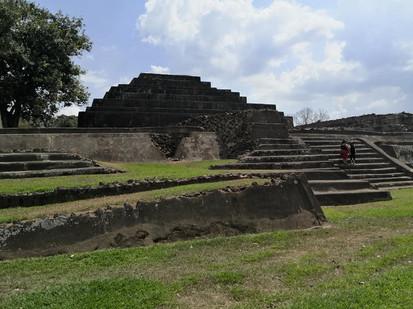Maya Pyramiden TAZUMAL