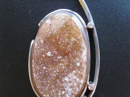 Quartz - The Gemstone of Immense Variety