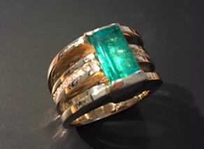 custom diamond and emerald ring
