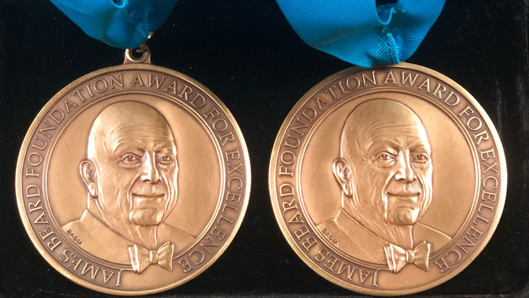 Double Beard Awards for Both Divinas