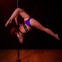 workshop pole dance niveau avance.jpg