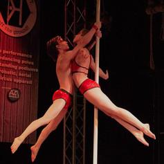 formation pole dance rhone.jpg