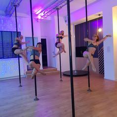 cours d'essai pole dance lyon.jpg