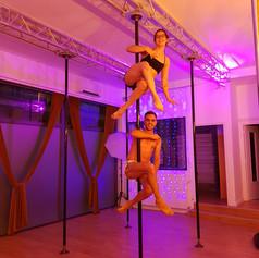 seance decouverte pole dance lyon.jpg