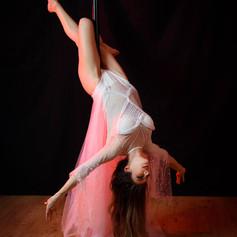 apprendre la pole dance.jpg
