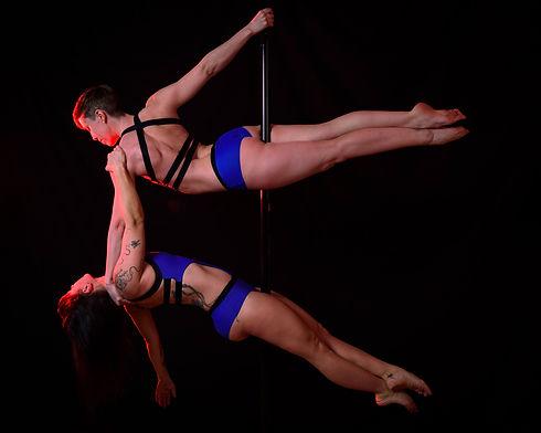 formation pole dance.jpg