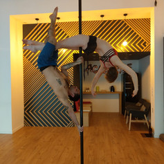 formation pro pole dance.jpg