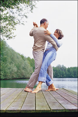 couple-dance-dock.jpg