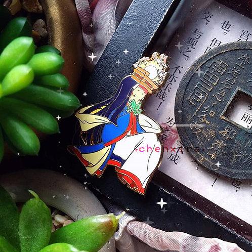 Queen Himiko ♡ Pin